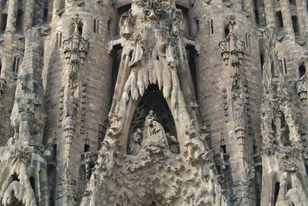 サグラダ・ファミリア聖母マリアの戴冠の写真