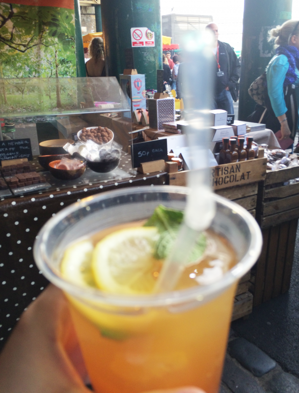 バラ マーケット(Borough Market)で飲んだレモンティー