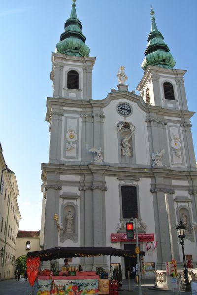 マリアヒルファー教会(Mariahilfer Kirche)