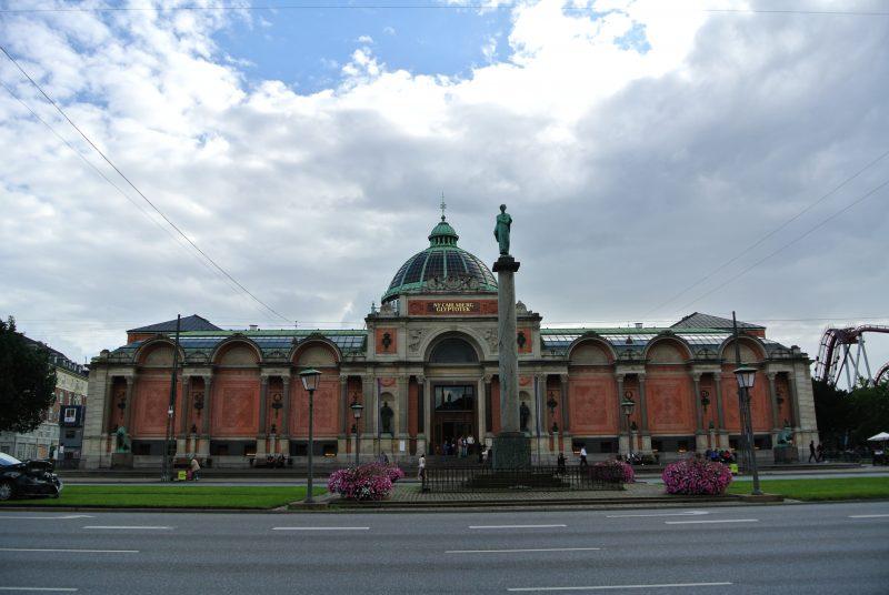 ニューカールスベア美術館 (Ny Carlsberg Glyptotek)